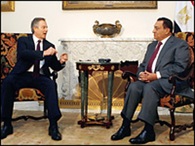 Tony Blair, a special U.N. envoy to the Middle East, met with Egyptian President Hosni Mubarak on Monday in Cairo. The pair discussed ways to broker a halt to the devastating war between Israel and Hamas in the Gaza Strip that has so far claimed at least 900 lives.