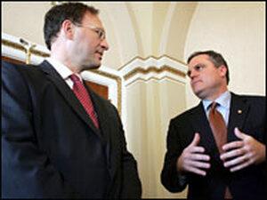 Judge Samuel Alito (left) meets with Sen. Mark Pryor