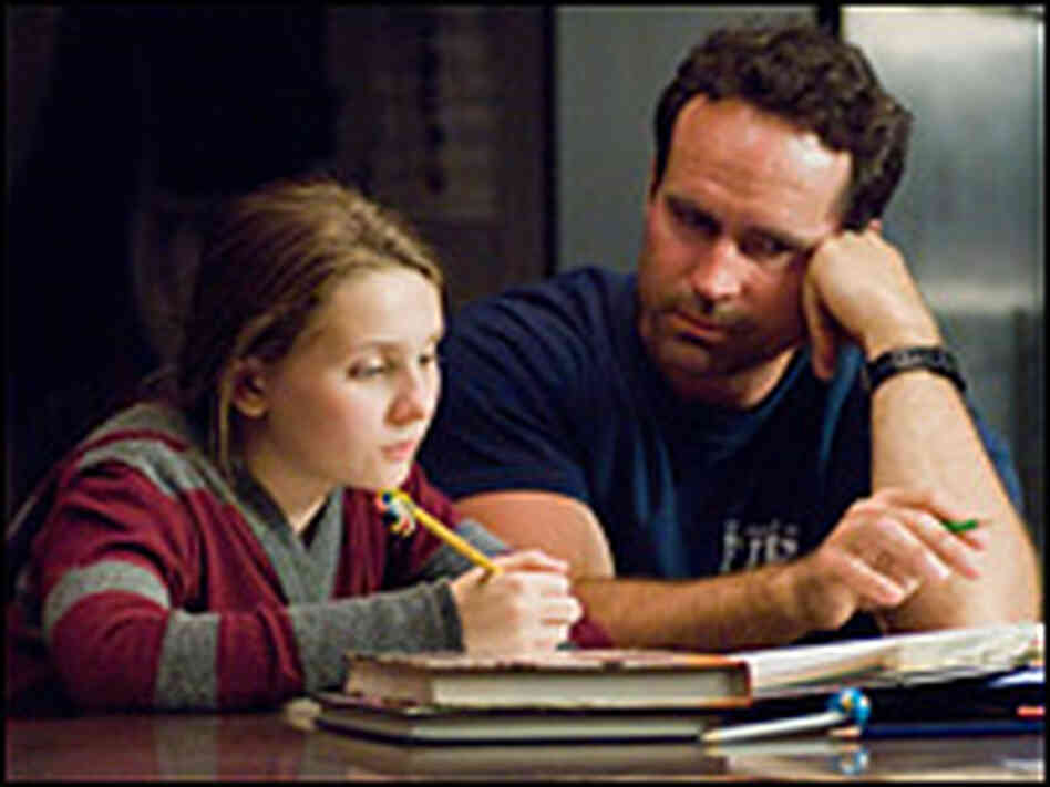 Abigail Breslin and Jason Patric in 'My sister's Keeper'