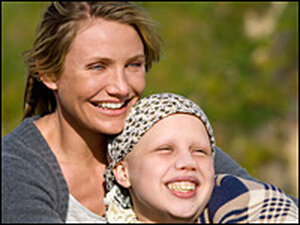 Cameron Diaz and Sofia Vassilieva in 'My sister's Keeper'