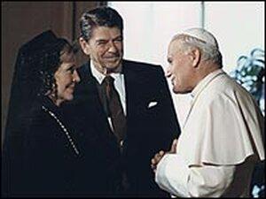 President and Mrs. Reagan meet with Pope John Paul II