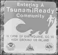 A TsunamiReady sign.