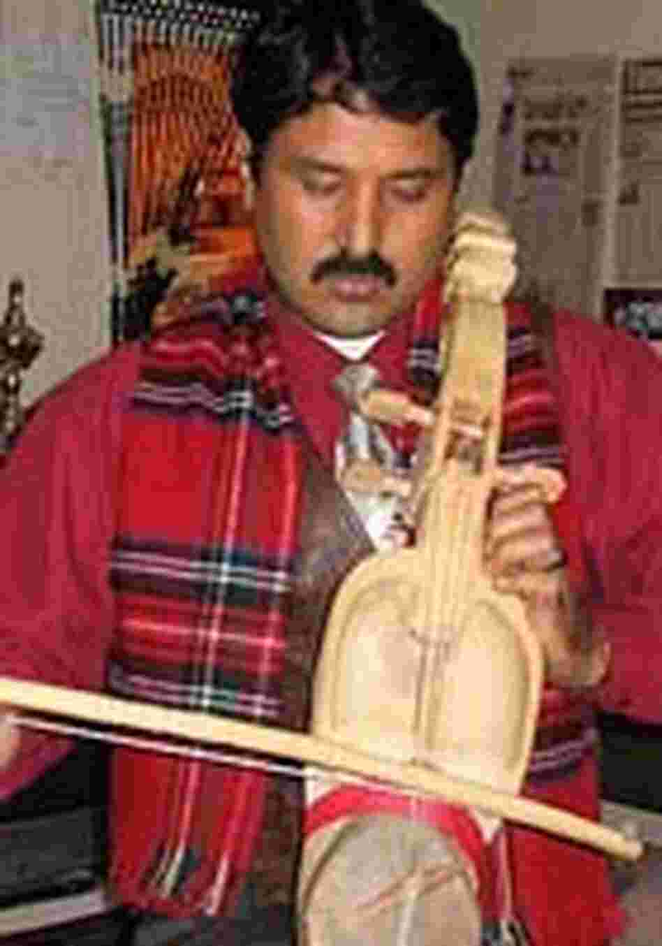 Prem Raja Mahat playing the sarangi