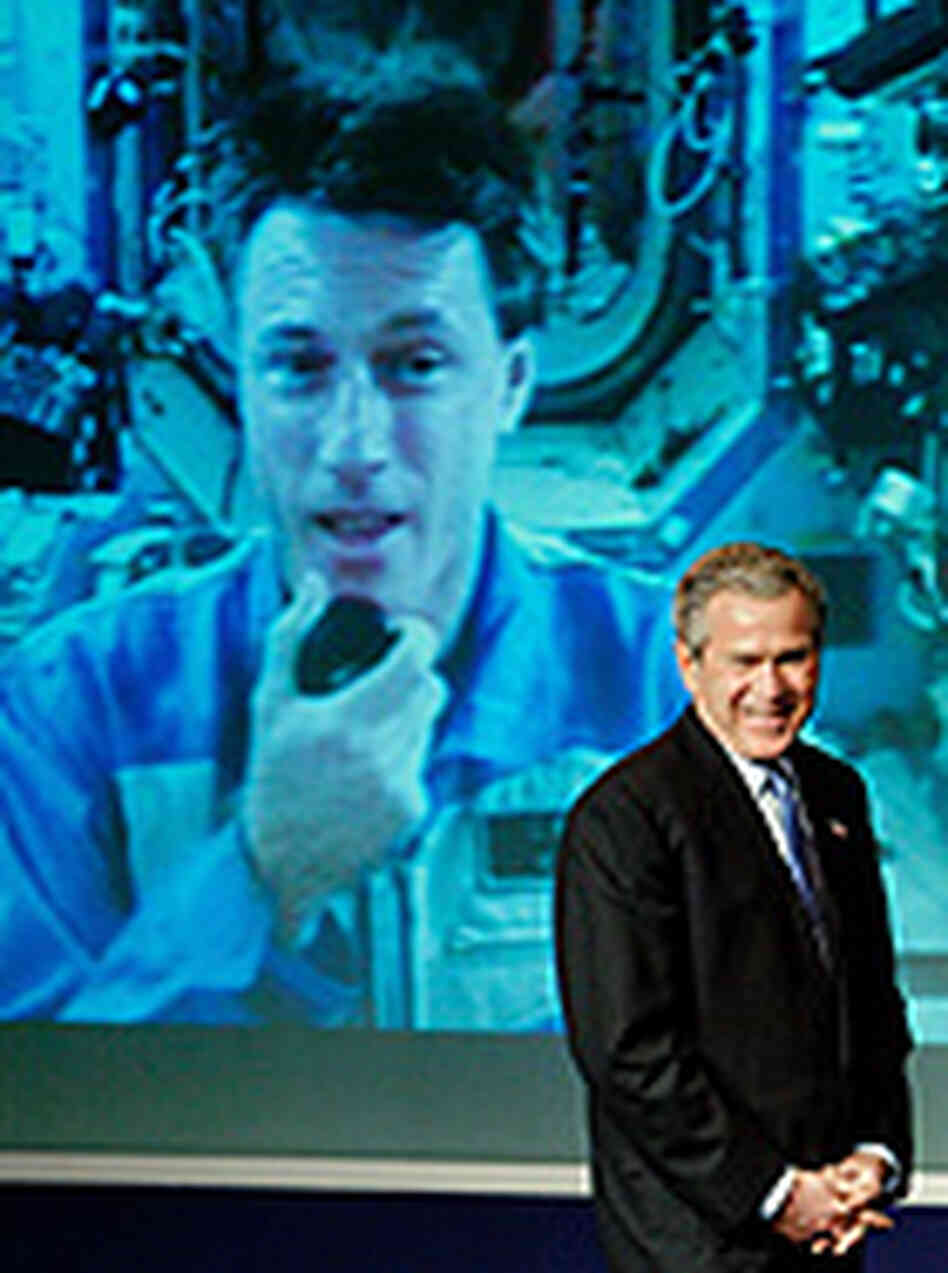 Bush Calls for Manned Base on the Moon : NPR