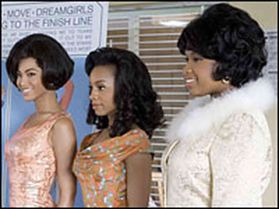 Beyonce Knowles as Deena, Anika Noni Rose as Lorrell and Jennifer Hudson as Effie in 'Dreamgirls'