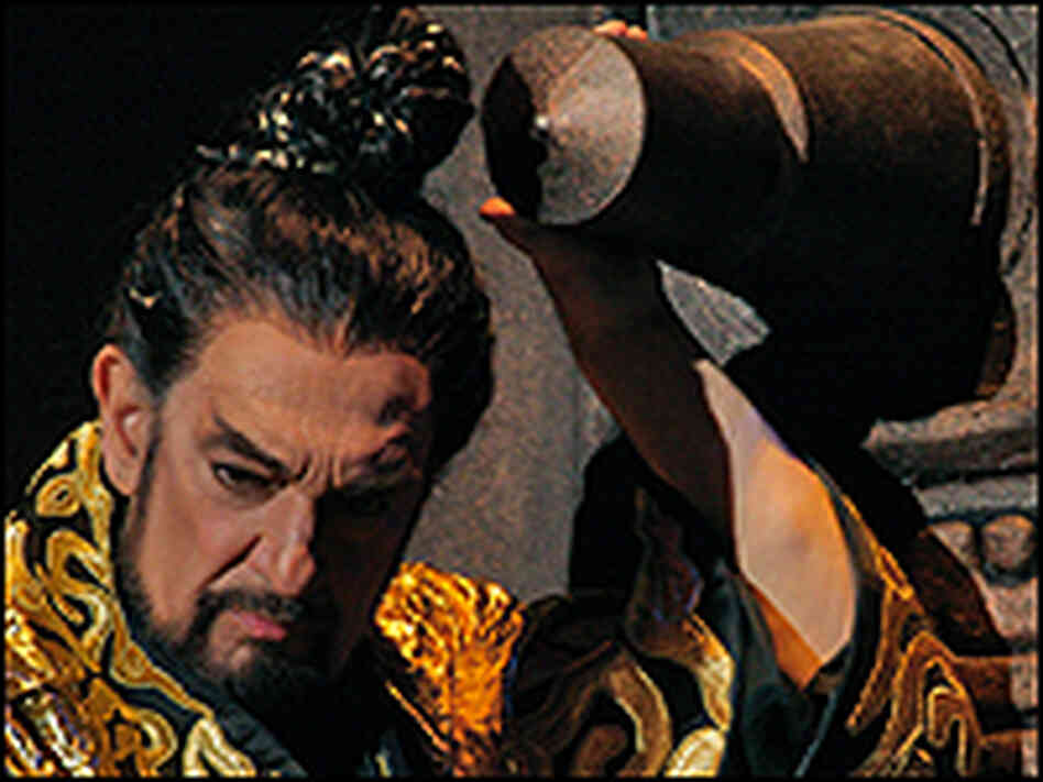 Placido Domingo as Emperor Qin.