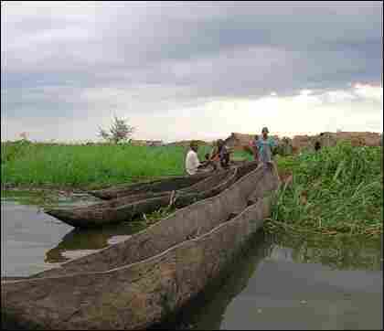 Dugout canoes are the main form of transportation on Lake Upemba and the adjacent Congo River.