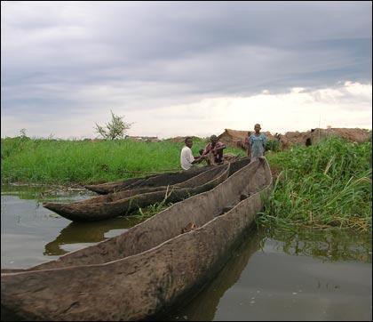 canoes420.jpg