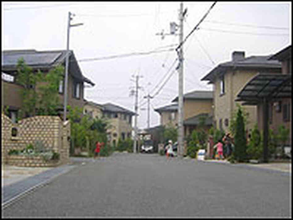 A solar-panel neighborhood in Kobe.