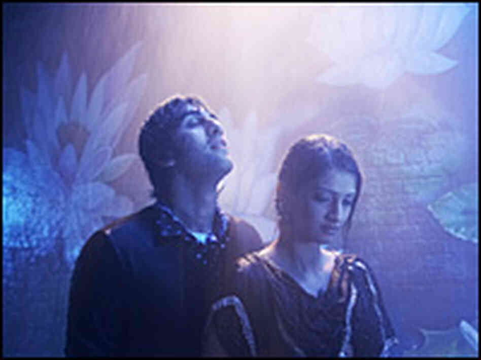 Ranbir Kapoor and Sonam Kapoor in 'Saawariya'