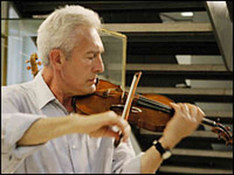 Arnold Steinhardt is first violinist with the Guarneri String Quartet.