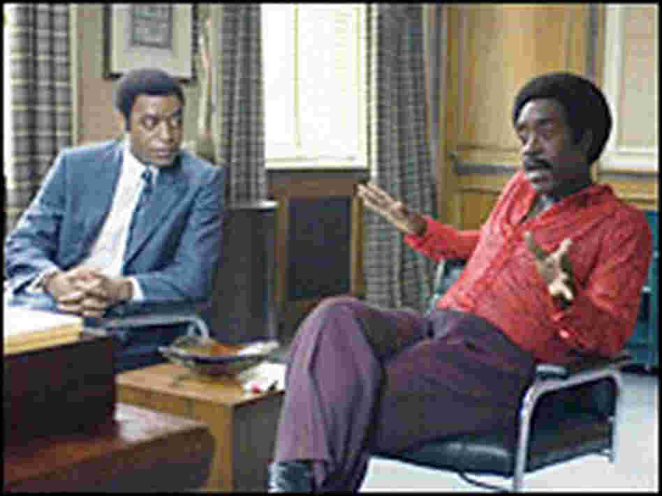 Dewey Hughes (Chiwetel Ejiofor) and Petey Greene (Don Cheadle) in 'Talk to Me'