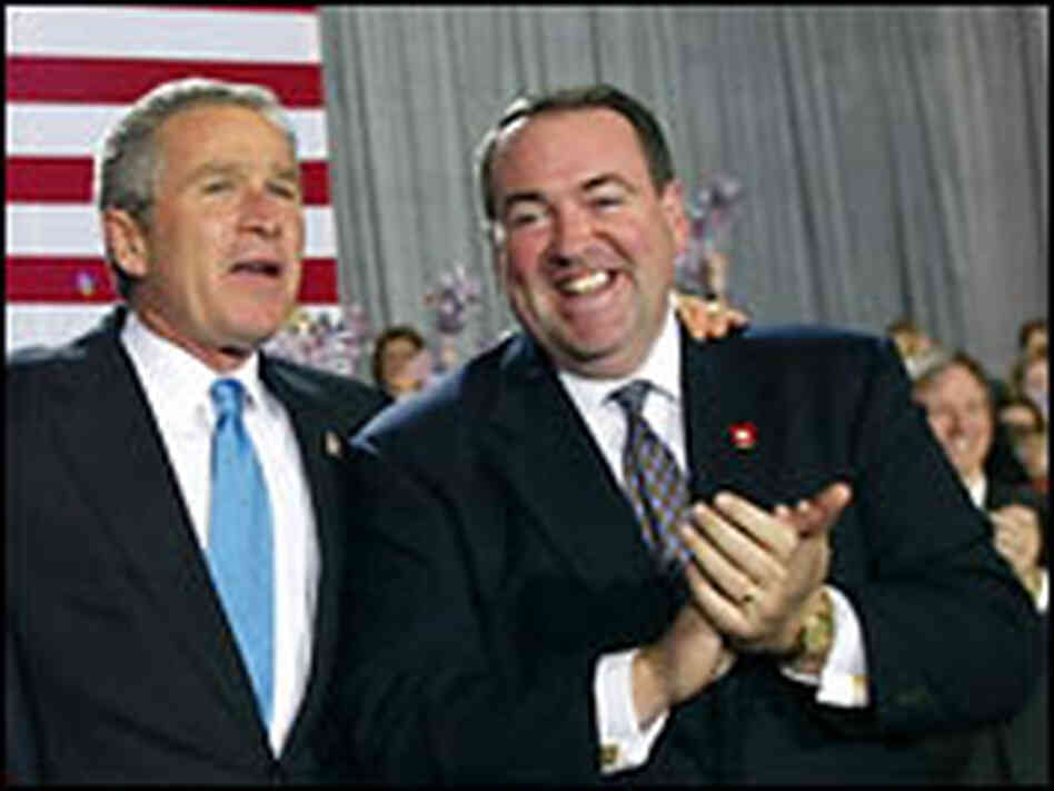 Huckabee and Bush in 2002