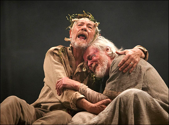 king lear comparison of gloucester and Pleasure in shakespeare's king lear and othello, will begin by addressing  further differences between lear and gloucester also ask the.