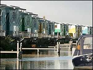 The Maasbommel floating amphibious  houses.