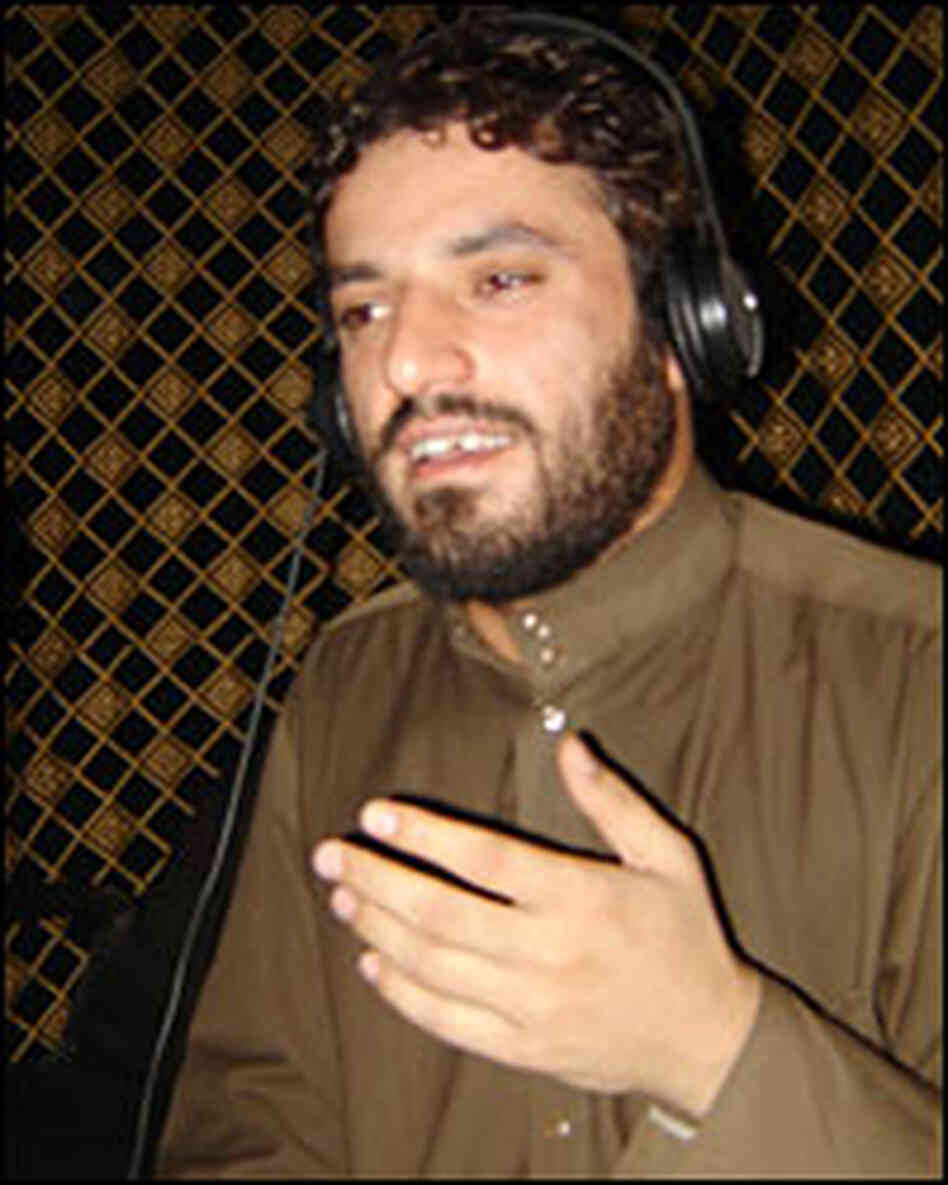Ali Delfi's latest hit praises Sadr's Mahdi Army and has been banned by the Iraqi government.