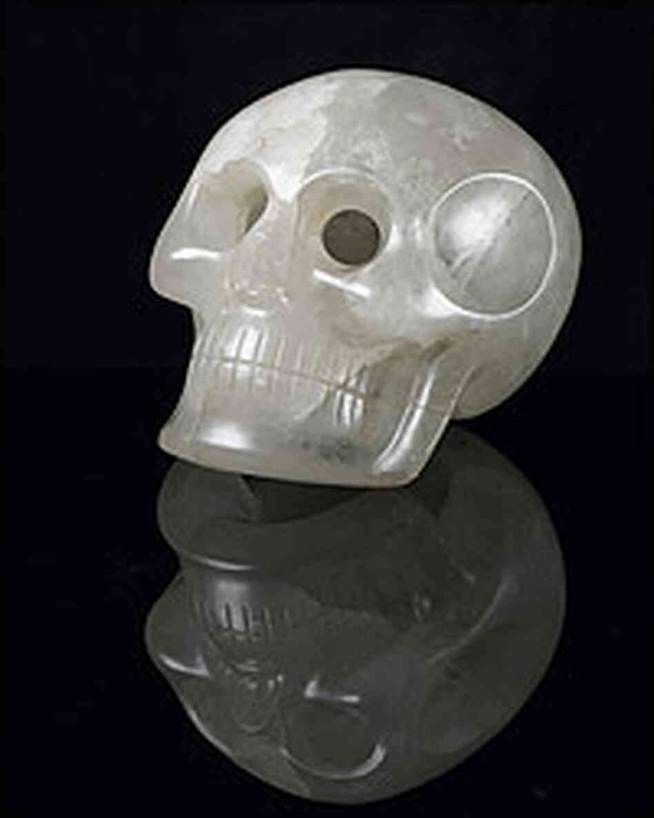 Smithsonian crystal skull