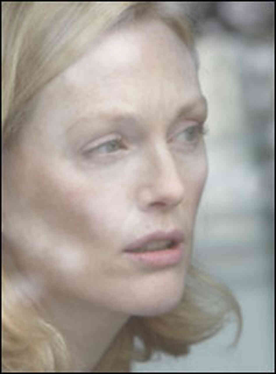 Julianne Moore in 'Blindness'