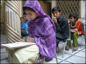 In Barakau, just 45 minutes by car from Islamabad, there is no proper government school.