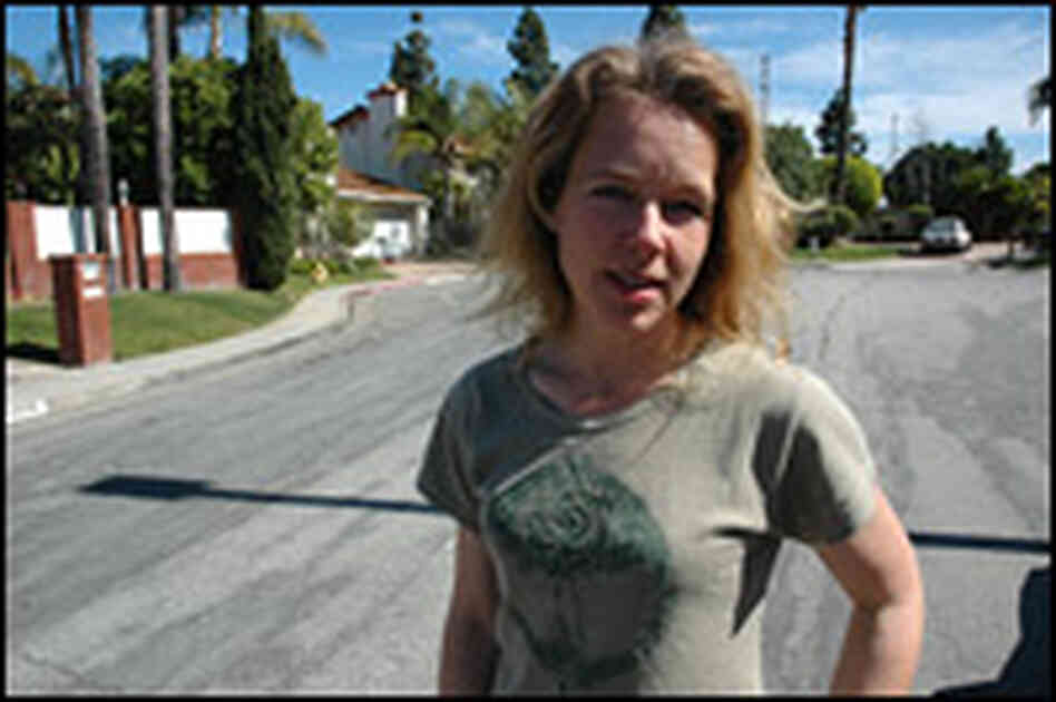 "Stephanie Smith, who founded ""Wanna Start A Commune"" in California."