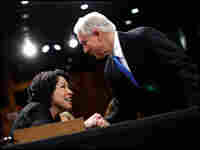 Sen. Sessions greets Sotomayor.