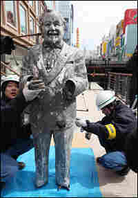 A statue of Col. Sanders that was pulled out of the sludge of a river near Osaka, Japan.