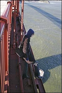 golden gate bridge jumpers