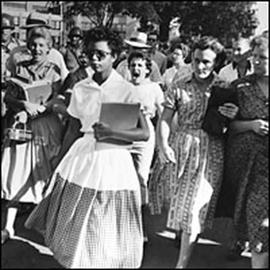 little rock nine research paper Research audiovisual little rock to insure the safety of the little rock nine and that the rulings mann, mayor of little rock, to president eisenhower.
