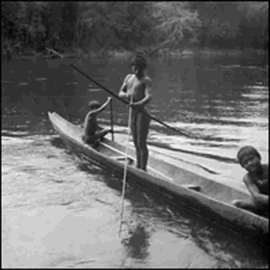 Makuna youth fish in the Rio Popeyaca