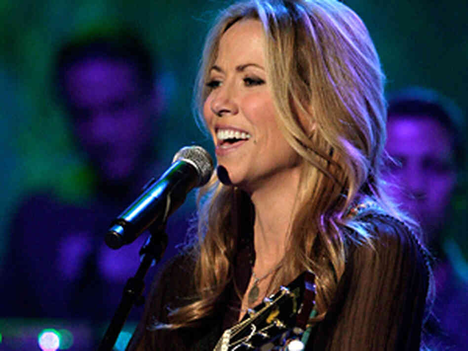 Sheryl Crow at microphone