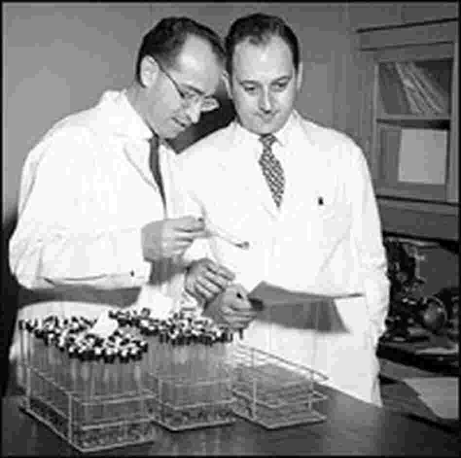 Dr. Jonas Salk, left, and Dr. Julius Youngner