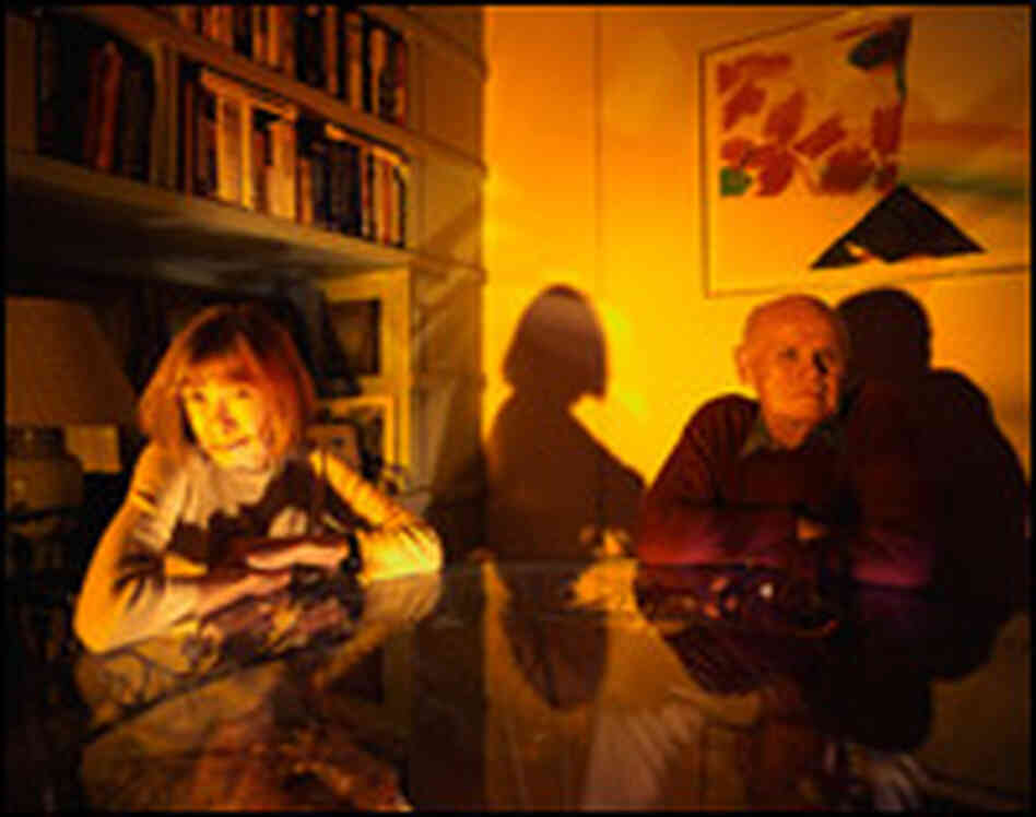 Writers Joan Didion and John Gregory Dunne in 2000. Credit: Richard Schulman/CORBIS.