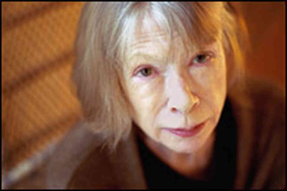 Author Joan Didion in her Upper East Side apartment in 2003. Credit: Neville Elder/Corbis.