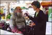 Susan Stamberg talks with Cezanne look-alike