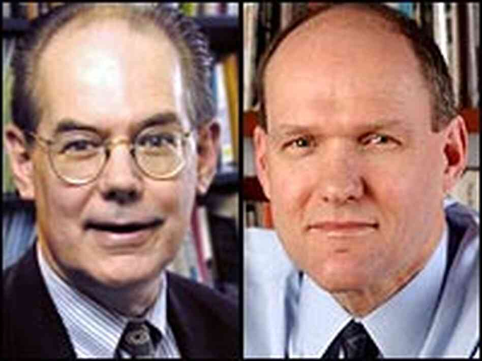 John Mearsheimer (left), of the University of Chicago, and Stephen Walt