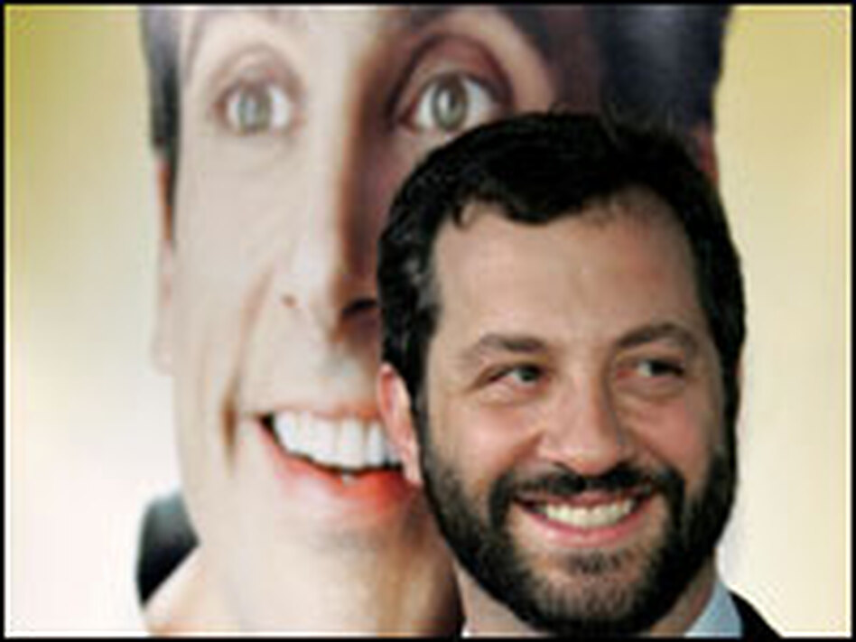 Writer and director Judd Apatow arrives at the premiere of his film, <em>The 40-Year-Old Virgin</em>.