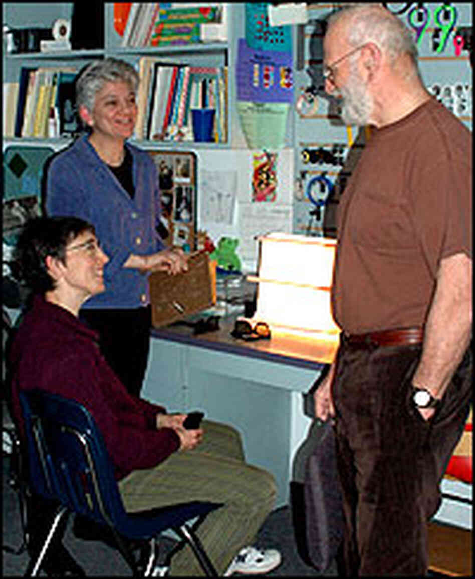 Barry, left, Dr. Theresa Ruggiero, and Dr. Oliver Sacks