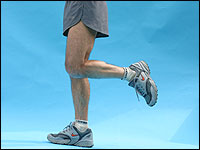 The one-legged posture is the basis for chi running