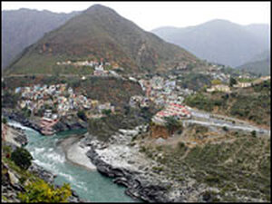 The town of Devprayag sits in the foothills of the Himalayas, where the Ganges beings