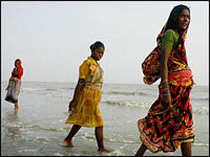 Muslim women on Sagar Island