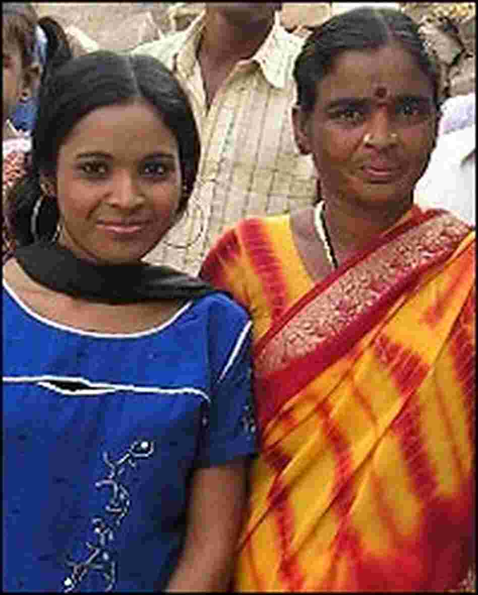 Manjula Smolin and her birth mother.