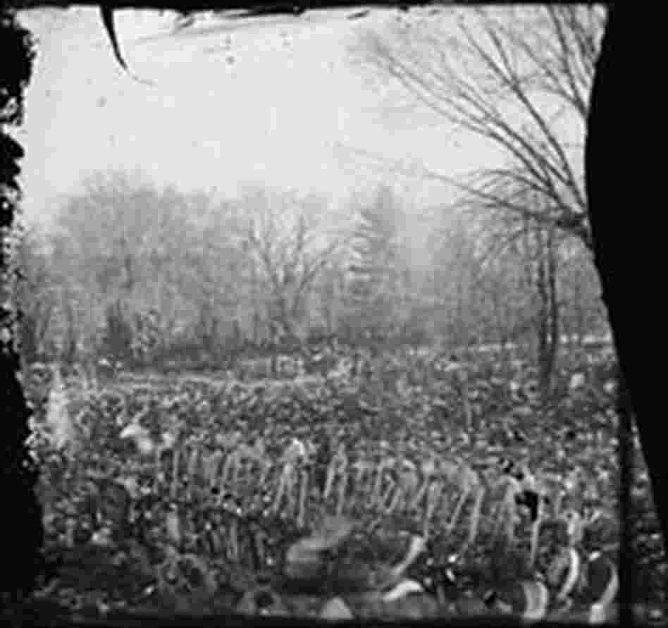 The crowd gathered for Lincoln's second inauguration.