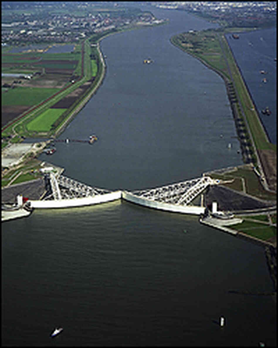 The Maeslant barrier