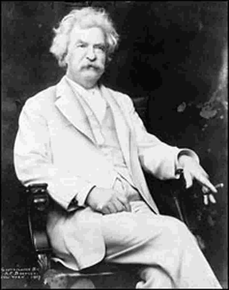 Mark Twain, seen in 1907, devoted a pamphlet to debunking the Bard.