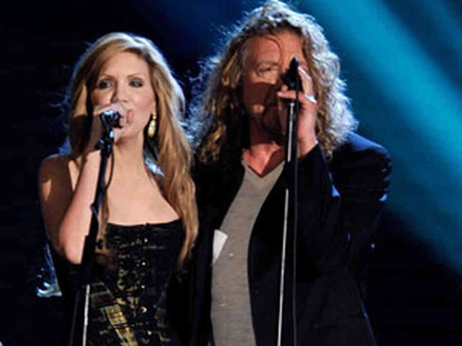 Alison Krauss and Robert Plant at Grammys 300