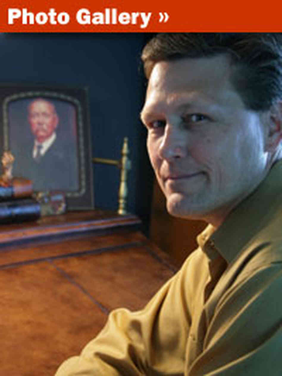 Crime author David Baldacci