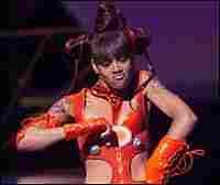 Lisa Lopes at 1999 MTV Video Music Awards