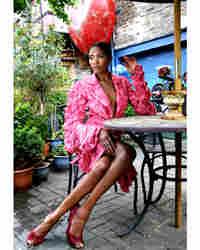 Model Freida Shapopi