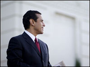 A photograph of L.A. Mayor Villaraigosa in profile.