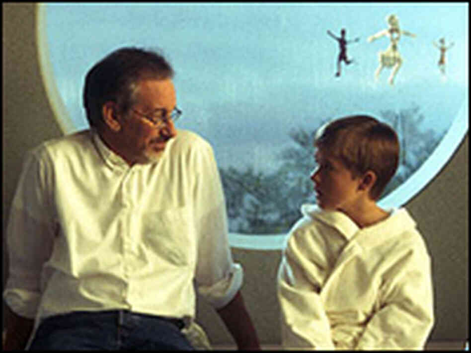 Steven Spielberg and Haley Joel Osment.